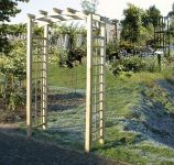 Medium Wooden Flat Pergola with Arch and Trellis