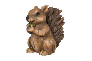 27cm Resin Squirrel Garden Ornament by La Hacienda