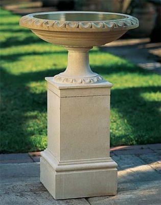 28cm Edgeworth Stone Bird Bath