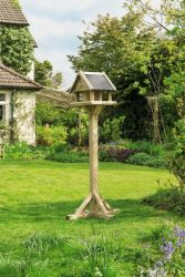 Osborne Bird Table by Gardman - Bird Feeder