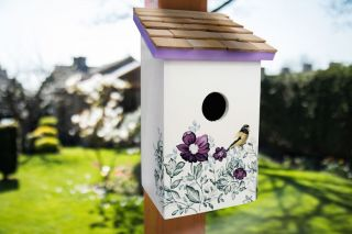 Saltbox Bird House - Anemone
