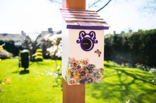 Saltbox Bird House - Plum