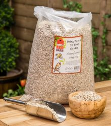 5kg Sunflower Hearts Premium Wild Bird Feed by Red Barn