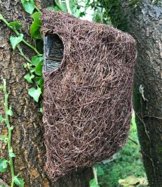Brushwood Tree Bird Nest Pouch
