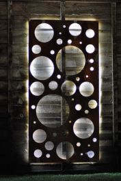 Rusty Steel Outdoor Screen - Bubbles
