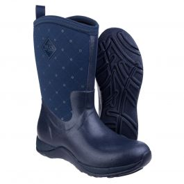 Artic Adventure Print Navy Quilt Ladies Short Wellington Boots by Muck Boot - Sizes 3-9