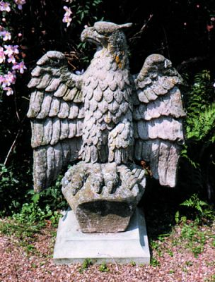 Eagle Rizant Stone Statue Looking Over Right Shoulder