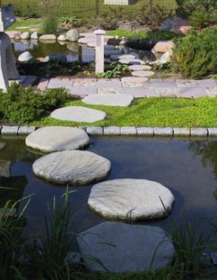 Tobi Oshi stepping stone- Grey Granite