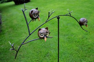 Three Owls Balancing Garden Ornament