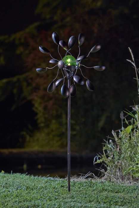 Smart Garden Gemini Wind Spinner with Solar Crackle Globe Dia 36cm