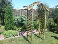 Value Lattice Garden Arch