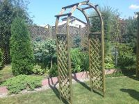 Traditional Rose Garden Arch