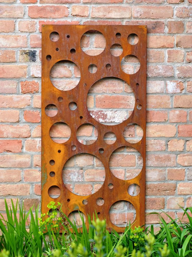 Bubbles rusty Outdoor Wall Panel (6ft x 3ft)