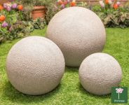 Set of 3 Beige Fibreclay Garden Sphere With Sandstone Finish - By Primrose®