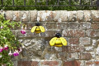 Garden Decoration Bee by Smart Garden