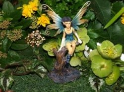 Cottingley Garden Fairy Statue - Violet