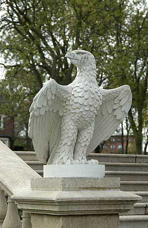 Aquila (Right Hand)