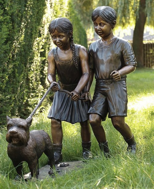 2 Children With Dog Statue