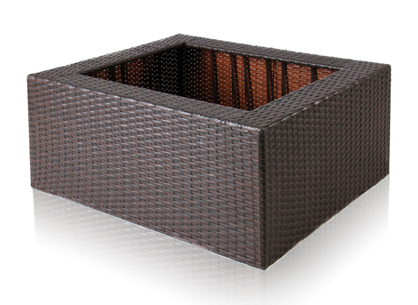 L70cm x W60cm x H34cm Decorative Rattan Reservoir Surround