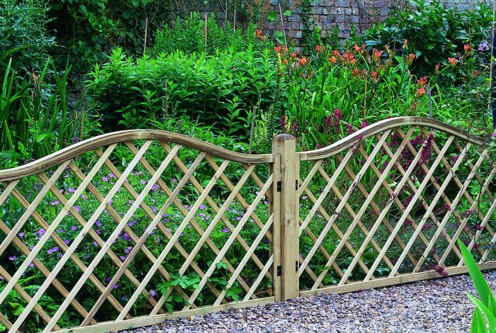 6ft x 3ft Garden Screen Pack of 3 - Pressure Treated Decorative Europa Hamburg
