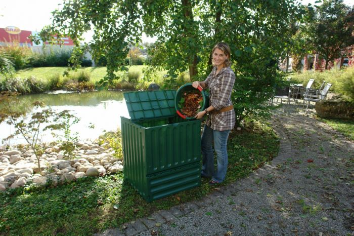 400 Litre Eco-King Composter in Green