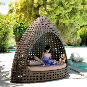 Alexander Rose Ocean Rattan Garden Relax Hut with Cushion