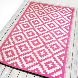 180cm x 270cm (6ft x 9ft) Reversible Outdoor Nirvana Rug - Pink / Cream