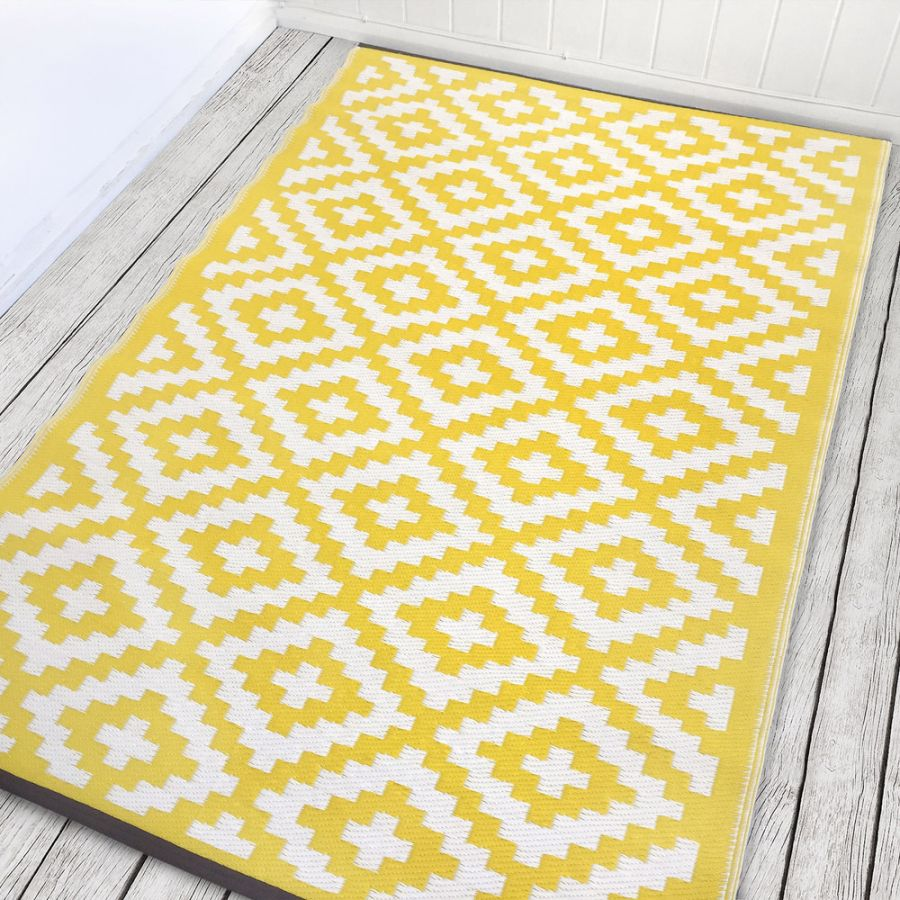120cm x 180cm (4ft x 6ft) Reversible Outdoor Nirvana Rug -Yellow / White