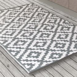 150cm x 240cm (5ft x 8ft) Reversible Outdoor Nirvana Rug - Grey / White