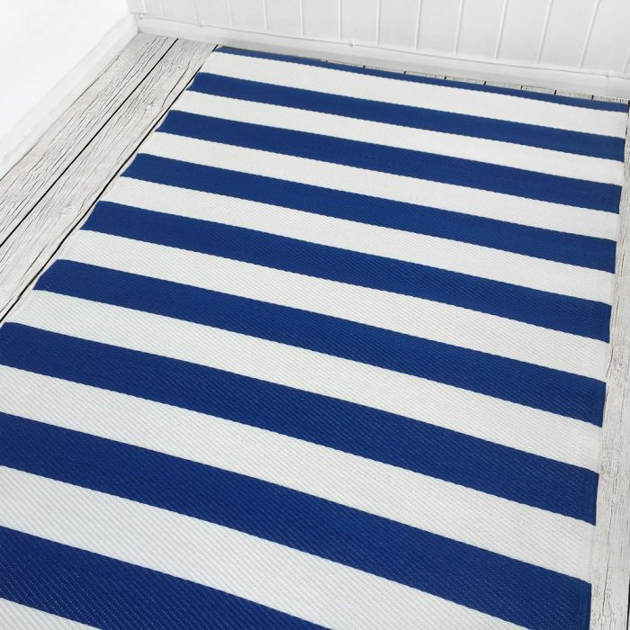 120cm x 180cm (4ft x 6ft) Reversible Outdoor Stripes Rug - Classic Blue / White
