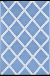 120cm x 180cm (4ft x 6ft) Reversible Outdoor Diamond Rug - Powder Blue / White