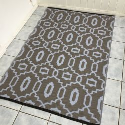 90cm x 150cm (3ft x 5ft) Reversible Outdoor Modern Rug - Grey Dawn and Brindle