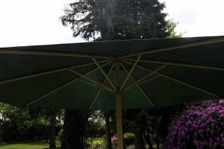 Parasol In Green - Square W2.7m (8ft 10in)