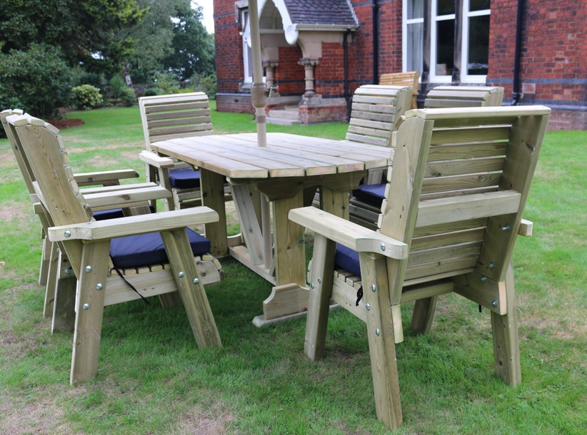 Ergo Redwood Six Seater Garden Dining Set - 2.9m (9ft 5in)