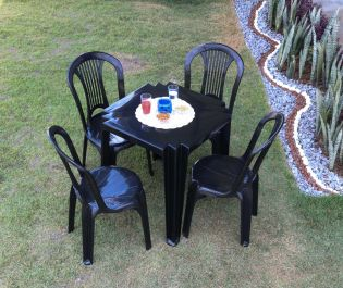 72cm Polypropylene 4 Seater Bistro Set
