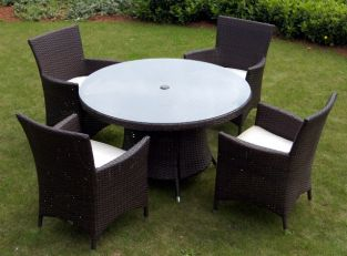 St. Tropez Wicker Round Garden Table with Glass Top