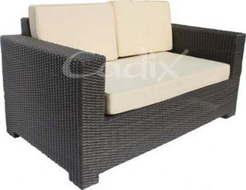 Quattro brown wicker 2 seater garden sofa with cushions for Couch quattro