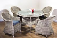 Oseasons Hampton Garden Rattan Dining Set of 4 Round Chairs and Table
