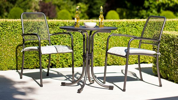 Portofino Table 1.05m & Portofino 4 Stacking Armchair