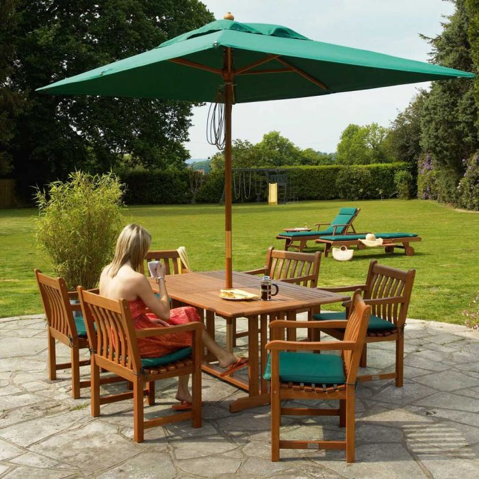 Cornis Table with 6 Broadfield Armchairs, Cushions, Parasol & Base