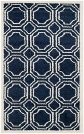 Ferrat  Indoor/Outdoor Rug, 76 X 121 cm - Navy & Ivory
