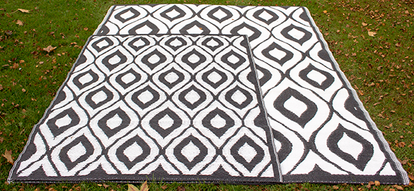 1.8m x 2.5m Outdoor Samti Rug in Black by Tabriz Rugs™