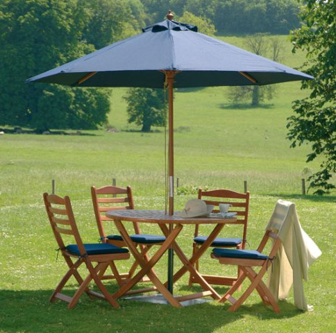 Alexander Rose Karri Hardwood 4 Seater Round Garden Furniture Set in Ecru