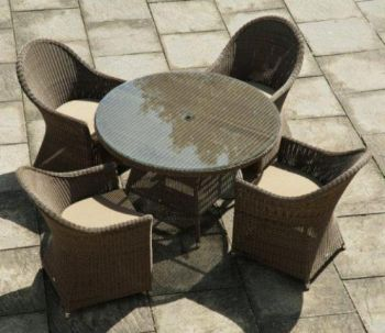 Alexander Rose Monte Carlo Rattan 4 Seater Round Garden Furniture Set with Curved Chairs