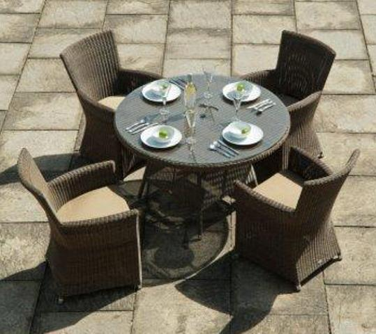 Alexander Rose Monte Carlo Rattan 4 Seater Round Garden Furniture Set with Square Chairs