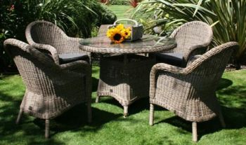 Bridgman 110 Round Table with 4 Armchairs