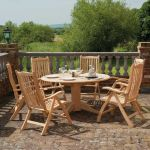 Roble Bengal Table 1.45m & 6 Roble Ascot Recliner & Ecru Cushions & Parasol & Base