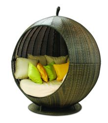 Rattan Apple Daybed - Mixed Chocolate