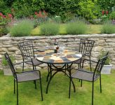 Pomino Standard With 04 Malaga Chairs