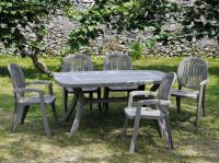 Turtle Dove Toscana 165 Knit With 06 Dove Creta Chairs